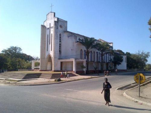 MOCUBA - igreja