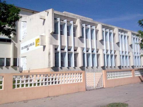 BEIRA - escola
