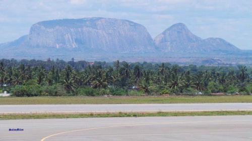 NAMPULA - vista perto do aeroporto
