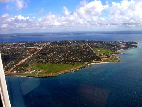 PEMBA - vista aérea da cidade e baía