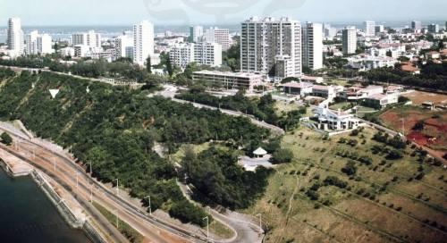 MAPUTO - as barreiras na zona da Polana