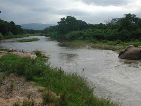 NAMAACHA - O rio