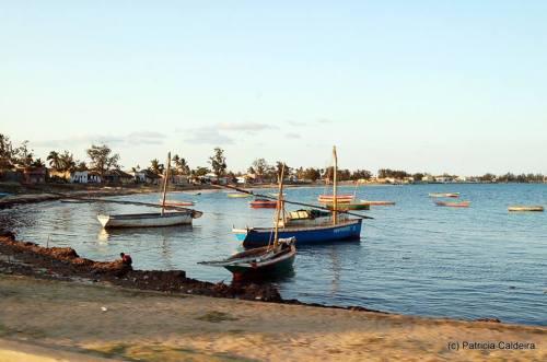 ILHA DE MOÇAMBIQUE - uma baía  na ilha