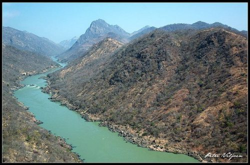 TETE - o rio Zambeze entre Tete e Cahora Bassa