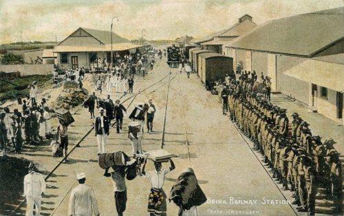 A estação ferroviária da Beira, início do Século XX.