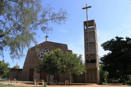 PEMBA - igreja