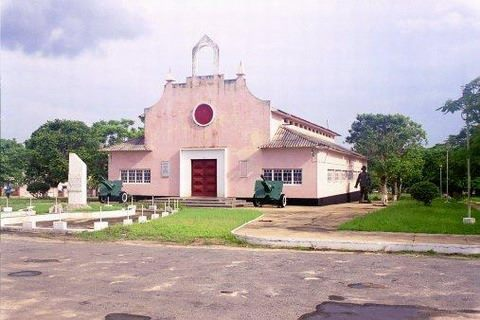 NAMPULA - antiga capela militar, atual museu
