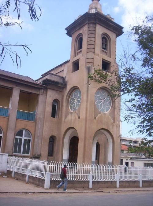 MAPUTO - igreja da Malhangalene