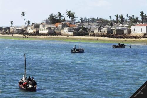 ILHA DE MOÇAMBIQUE - regresso da pesca