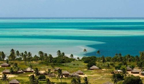 ILHA DE MOÇAMBIQUE - as águas da ilha