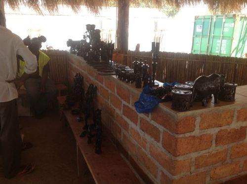 NAMAPA - venda de artesanato em pau preto