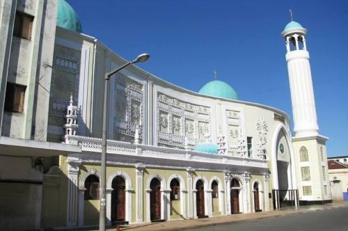 MAPUTO - mesquita da baixa da cidade