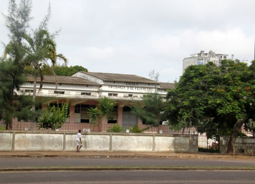 MAPUTO - antiga escola primária Rebelo da Silva