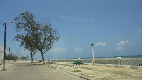 ILHA DE MOÇAMBIQUE - uma rua da ilha