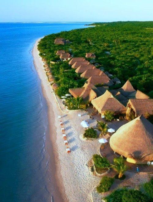 BAZARUTO - uma praia