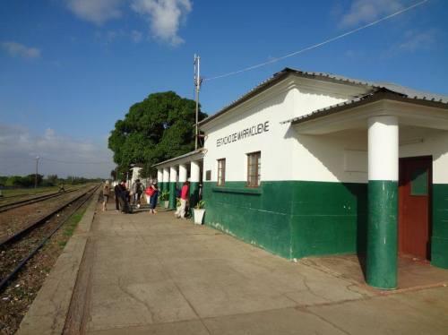 MARRACUENE - estação dos caminhos de ferro