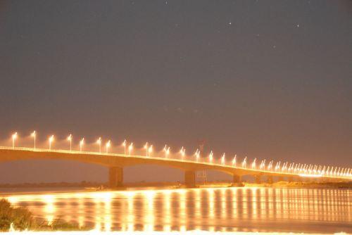 CAIA - ponte sobre o rio Zambeze